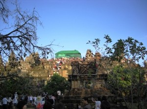 バケン山1カンボジアシエムリアップ情報